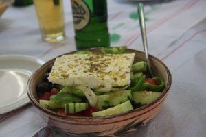 salade grecque avec du feta