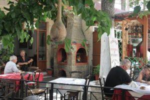 place du village en crete